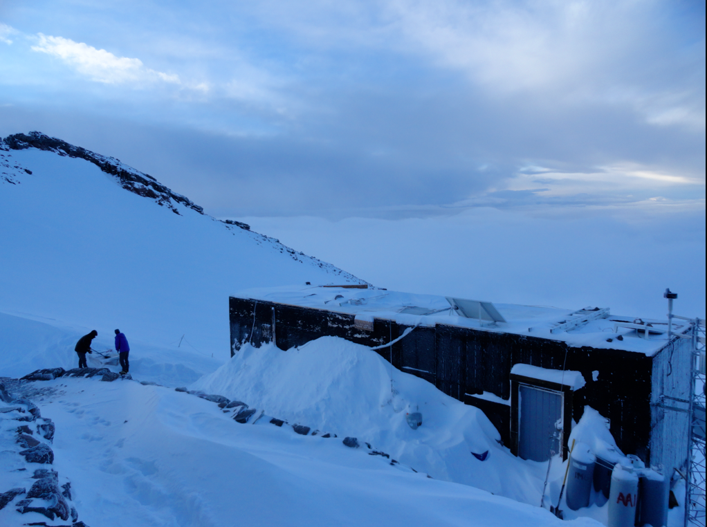 Camp Muir May Morning